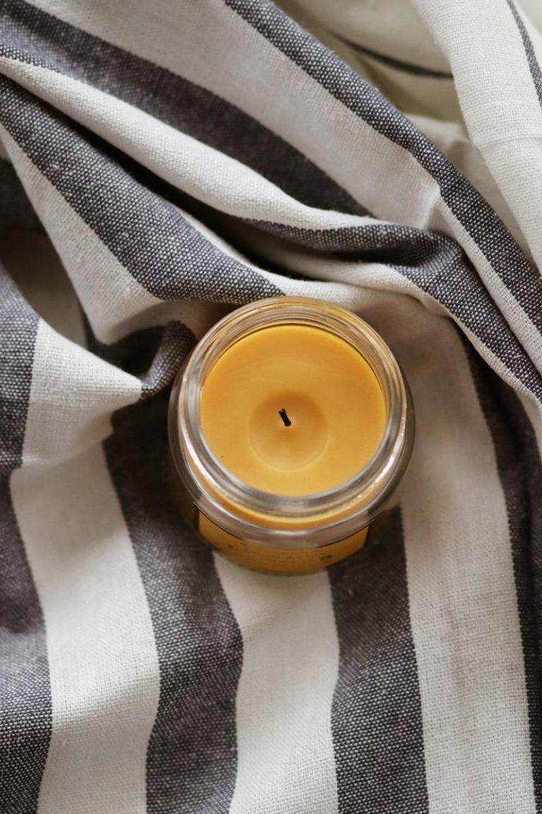 Czym charakteryzują się świece zapachowe?