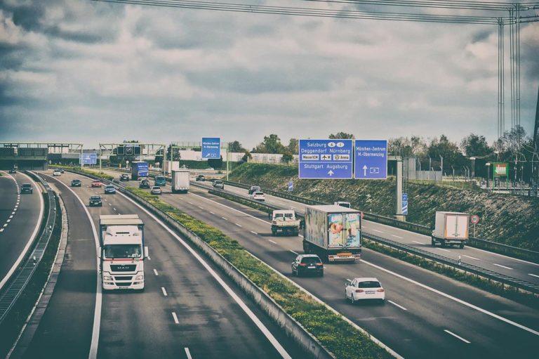 Nowoczesne systemy do analizy czasu pracy kierowców